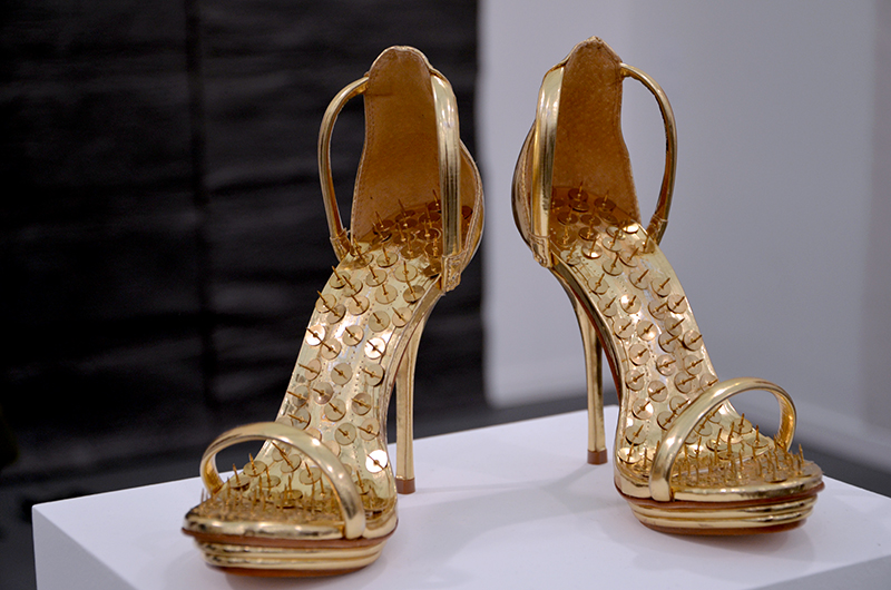 Hans-Peter Feldmann, Golden Shoes Massimo Minini, Frieze New York, 2014