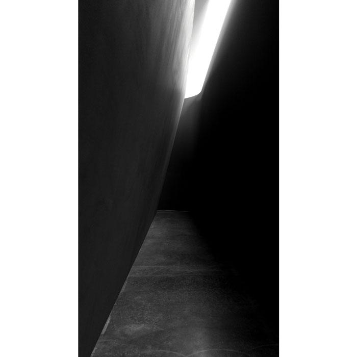 Richard Serra, 'NJ-1' Gagosian Gallery, 21st street. Interior view, Weatherproof Steel. Image © Kristina Nazarevskaia for galleryIntell